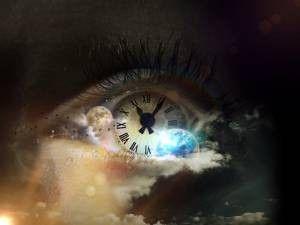Predecir el futuro en sueños con magia blanca. Muchas personas han preguntado si es posible predecir el futuro gratis utilizando únicamente nuestro poder mental. En el artículo de hoy veremos como se puede predecir el futuro a través de la herramienta más reveladora de la mente humana: los...