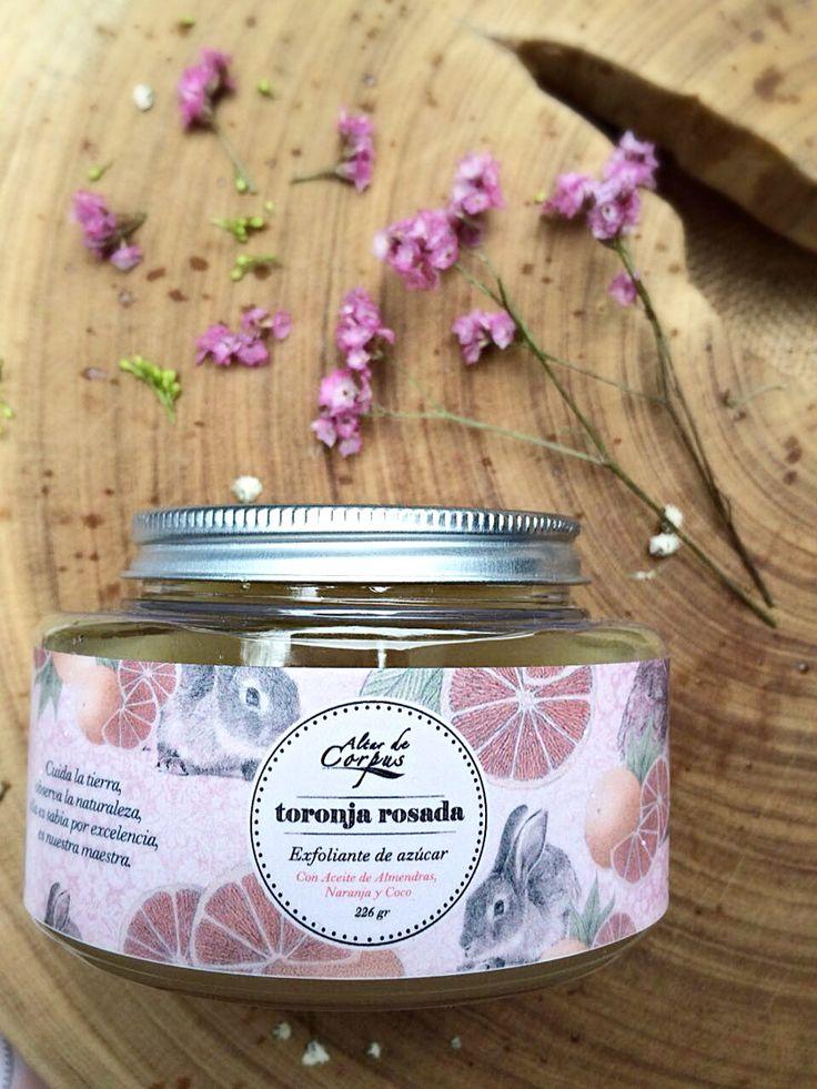 Exfoliante de azúcar, con aceite de Almendra, De Naranja y de Coco, ideal para dejar tu piel extra suavecitaa!! #sugarscrub #pinkgrapefruit #smellssogood #toronjarosada
