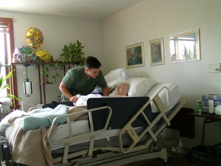 My mom (Irene) in her room in the Watchtower Farm infirmary. The loving care she received from the brothers and sisters in the infirmary is truly a demonstration of how Jehovah cares for his loyal servants. The Bethel family is truly a family. (Roger Johnson)
