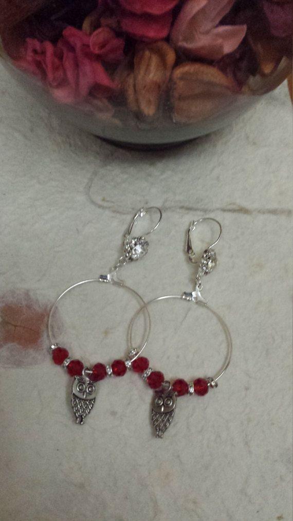 Orecchini cerchio con swarovski rossi e di Anaherabijoux su Etsy