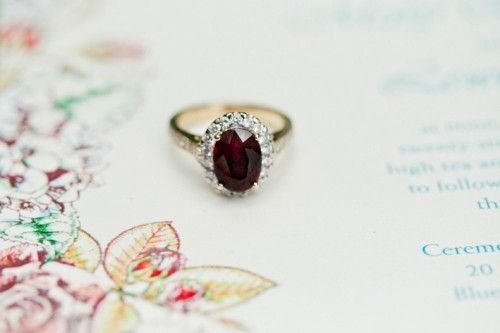 garnet engagement ring, so vintage and graceful. One of my favorites on this board!