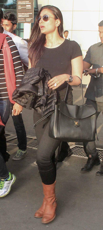 Kareena Kapoor snapped exiting the Mumbai airport. #Bollywood #Fashion #Style #Beauty
