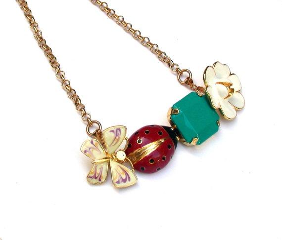 Retro Necklace - Adorable Retro Autumn Necklace.
