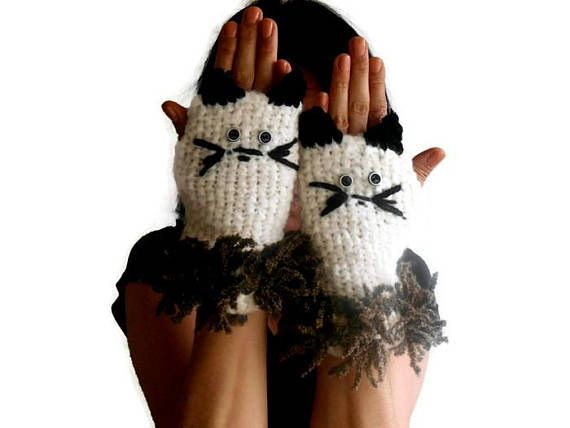 Knitted Cat Gloves, Fingerless Cat Gloves, Women Knitted Gloves, cat Gloves, crochet Gloves, costume Gloves, Gift Ideas, valentines day gift -----------------------------------------  Ivory gloves. Made from Angora yarn. Cat glove. Elegant gloves. Fun gloves :) They are all handmade