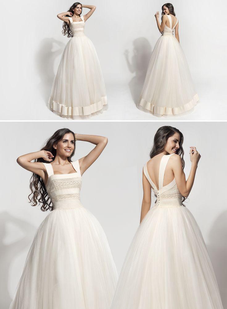 "Mod ""Ismini"" vintage wedding dress, boho wedding dress, VG Ζolotas, Atelier Zolotas, Handmade wedding dress, women fashion, bridal fashion, fairytale bride"