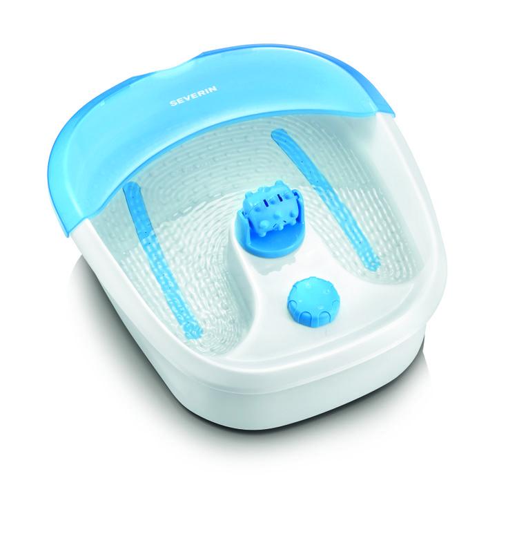 Masaje para Pies, Blanco y Azul. 7635 Potencia : 60 W Carcasa de Plástico Para masajear los pies con agua con burbujas de aire 4 Posiciones de funcionamiento Pantalla de protección contra salpicaduras Rolones para masajear los pies Soporte para descanso de los pies Marcas de Nivel de Agua 4 Pies antideslizantes Embalaje de 3 unidades. EAN 4008146010811