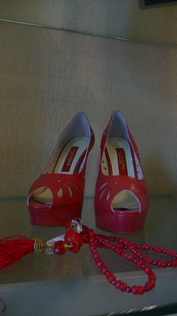 Обувь гораздо важнее костюма или платья. Лучше купить одну пару хороших туфель, чем три пары плохих. Марлен Дитрих  #model #dress #skirt #shoes #heels #styles #outfit #purse #jewelry #shopping#SPb #fashion #Boutique #Mancini #стильно #стильно #питер #деловой #сумочки #туфли #женскаяодежда  👑#ArtBoutiqueMancini ул. Фурштатская, д. 19. Режим работы: 11:00-22:00 ☎️ 8(812) 273 31 13