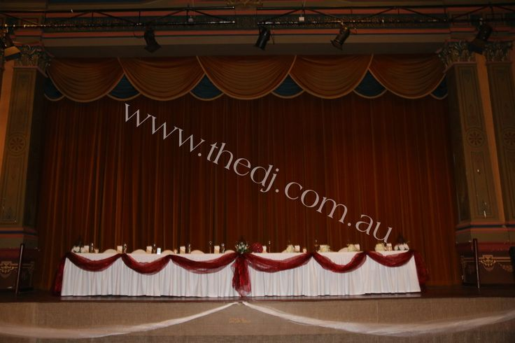 Rebecca & Rhys - Fremantle Town Hall :: View Photos