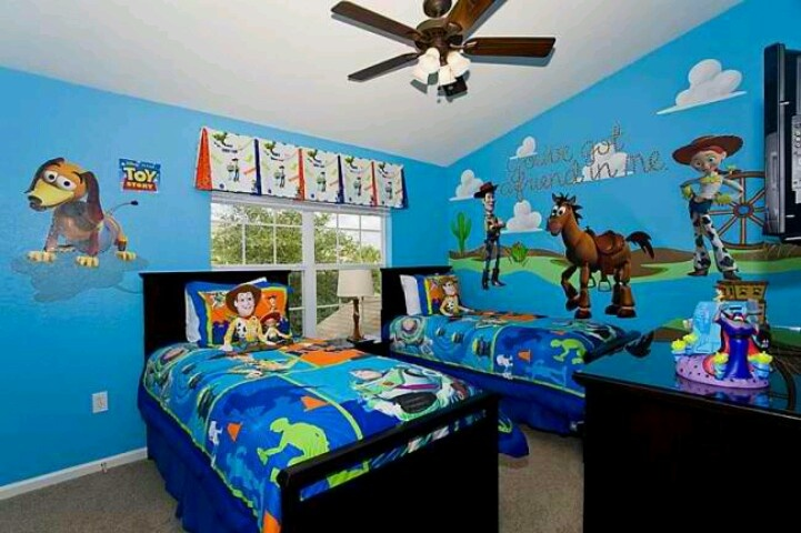 Toy story bedroom- landen would LOVE this!!