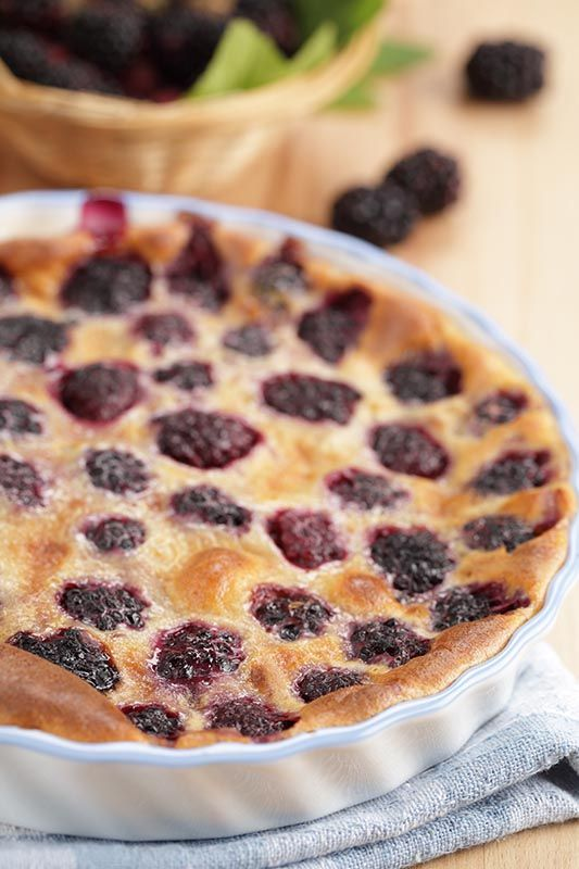 Low-Carb Blackberry Clafoutis / @DJ Foodie / DJFoodie.com