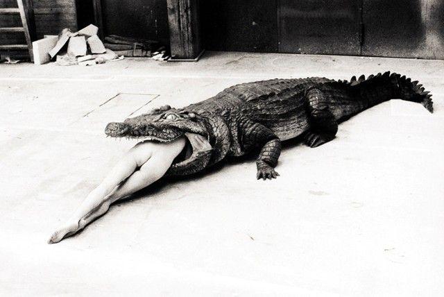 Photo by Helmut Newton, from the Pina Bausch Ballet 'Keushleitslegende', Wuppertal, 1983.