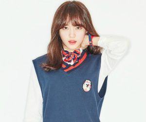 """I.O.I's Sejung """"Dream Girl"""" promotional picture."""