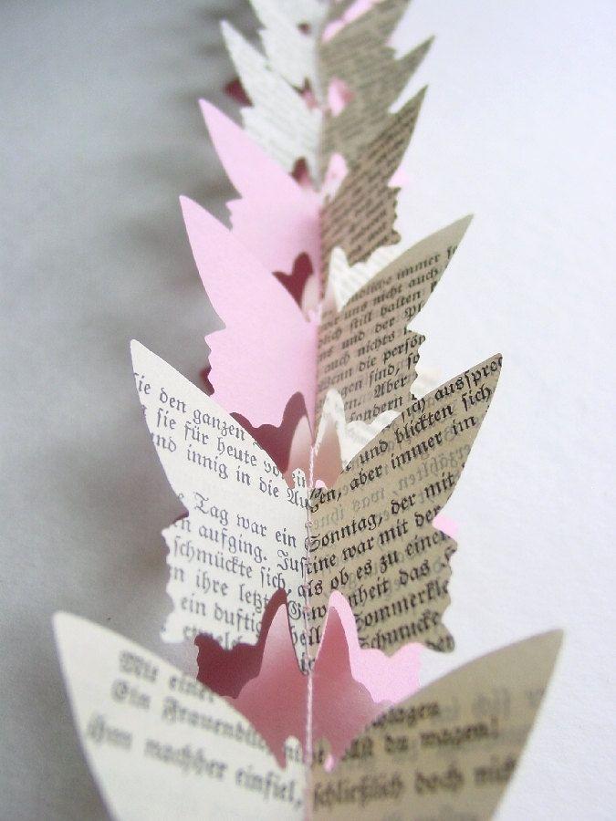 Paper Butterfly Garland...  Guirnalda de Mariposas de Papel...