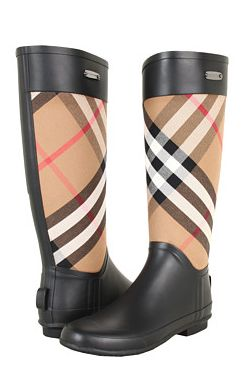 Burberry boots! #fallmusthave