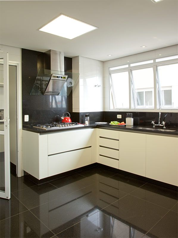 Apartamento Campo Belo II (Duplex 300 m²) / Patricia Kolanian Pasquini @kolanianpasquin #cozinha #kitchen