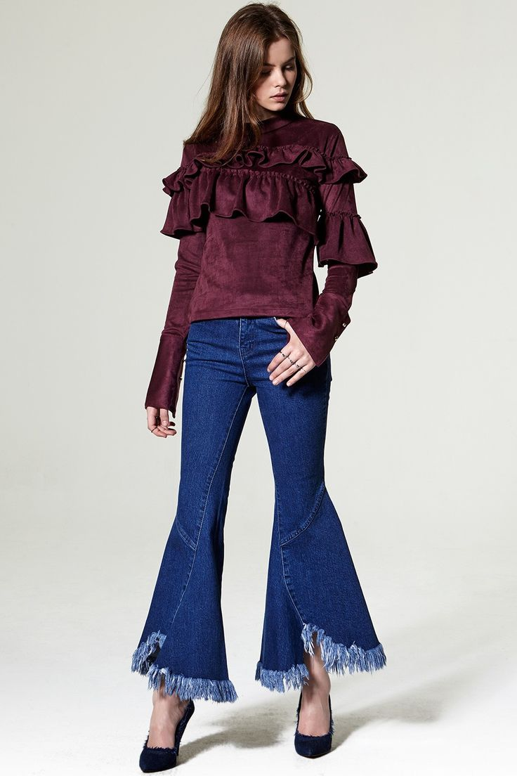Soa Fray Wide Jeans Discover the latest fashion trends online at storets.com #Canvas Jacket  #Ruffle Blouse  #woolen coat