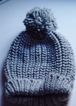Kup mój przedmiot na #vintedpl http://www.vinted.pl/akcesoria/inne-akcesoria/11398491-szara-ciepla-czapka-pompon