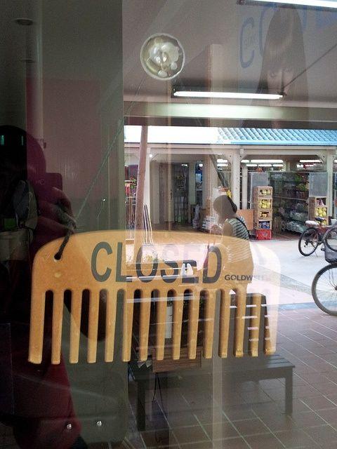 Salon Open/Close Sign...