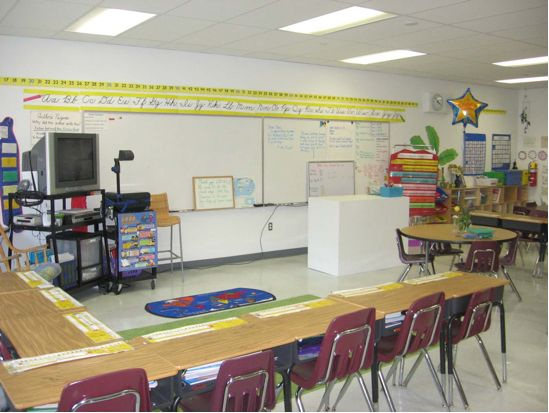 Classroom Design Ideas For Elementary ~ Best classroom arrangement ideas on pinterest middle