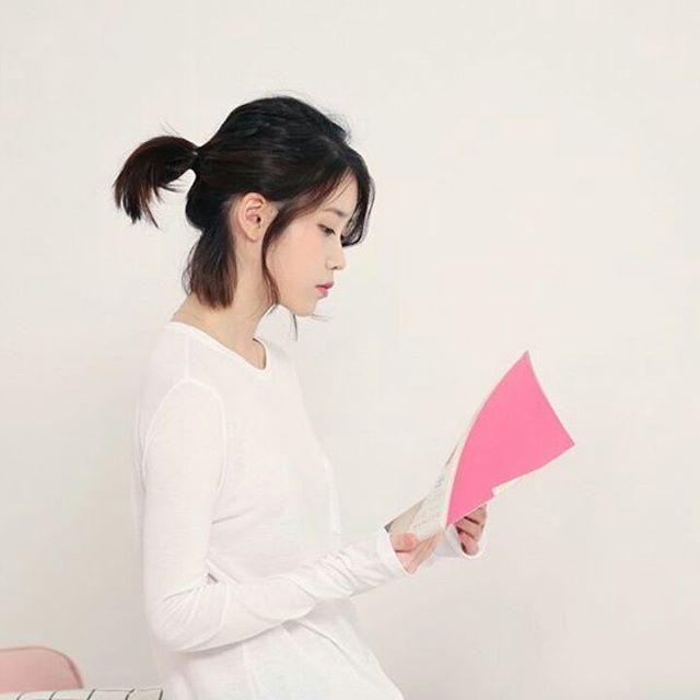 "169 lượt thích, 1 bình luận - IU (@iu.uaena.shire) trên Instagram: ""#IU  #Palette MV BTS  @dlwlrma @xxxibgdrgn #iu #loen #kpop #uaena #kdrama #leejieun #dlwlrma…"""