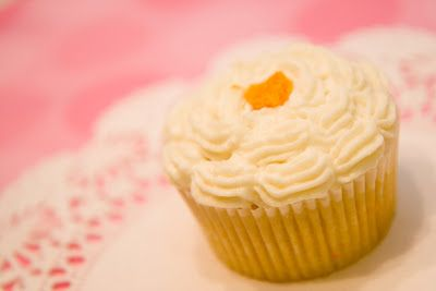 Mimosa Cupcakes: The Best Sunday Brunch Cupcakes ~ Cupcake Project