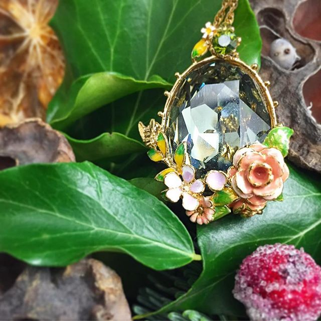 :: The Scenes of Nature Rose Pendant    Back In Stock ::  . . . #BillSkinner #rose #roses #rosejewellery #rosejewelry #enameljewelry #handpainted #swarovski #swarovskicrystals #enamel #stilllifephotography #nature #Design