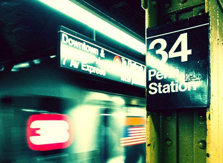 Stile underground uomo: tra i sobborghi delle metropoli e trai locali fuori dai circuiti della movida nasce lo stile casual-urbano per eccellenza. scoprilo su www.barracudastyle.com http://www.barracudastyle.com/it/stile-underground-uomo/