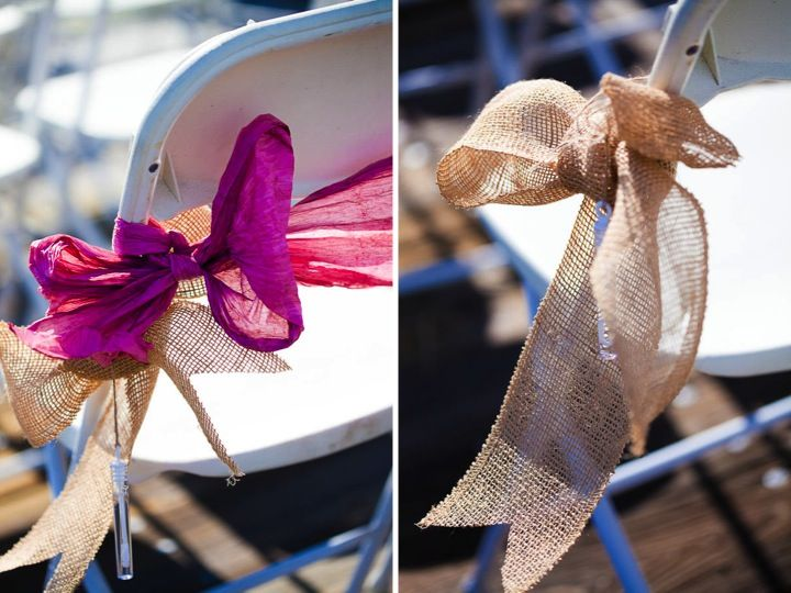 Loving the burlap bows on ceremony chairs and the rest of the burlap and twine details at this wedding!