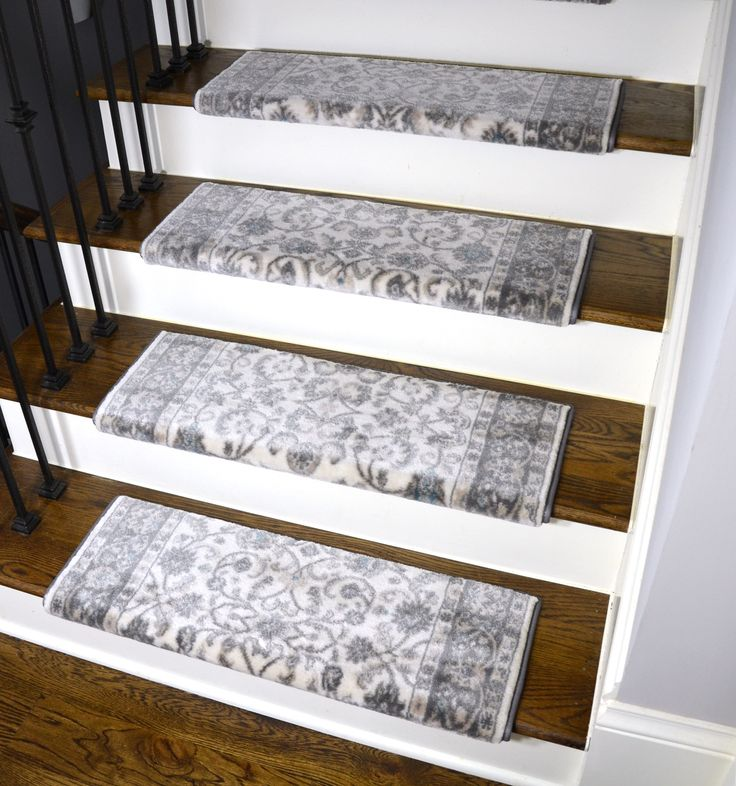 Best Dean Stratford Keshan Ivory Bullnose Carpet Stair Treads 400 x 300