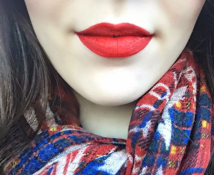 Hummingbird And The Rose: Sephora Cream Lip Stain Review - Always Red and Strawberry Kissed