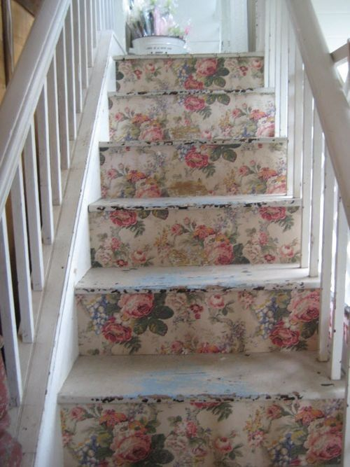 miobello:    Love this idea. Wallpapered stairs. Country cottage chic.
