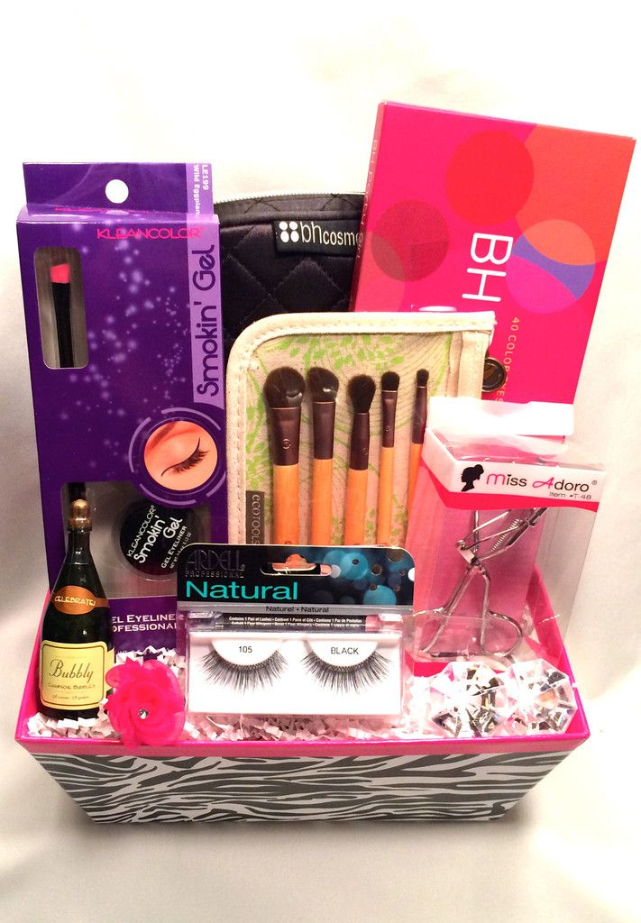 Cute makeup gifts for boyfriend makeup vidalondon for Cool gifts for a boyfriend