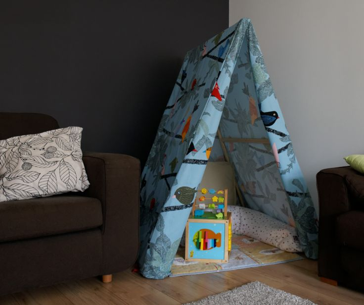 diy kid 39 s tent made from ikea evalotta tissue tente diy pour enfant avec tissu ikea evalotta. Black Bedroom Furniture Sets. Home Design Ideas