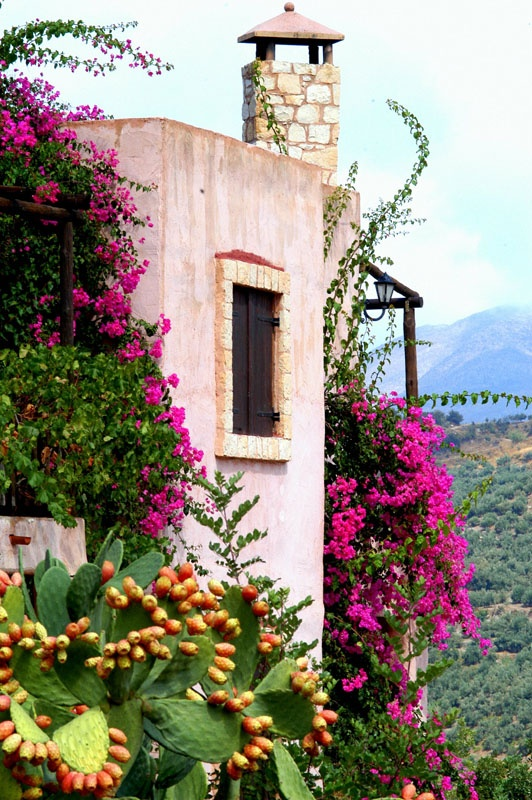 Axos village in Rethymno, Greece