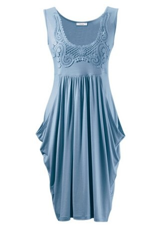 Kleid von Aniston