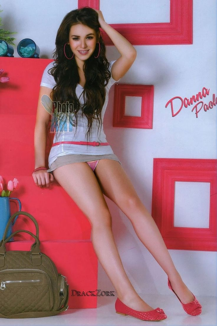 Danna Paola Upskirt Teen Miniskirt Panties  Oh  Fotos -6842