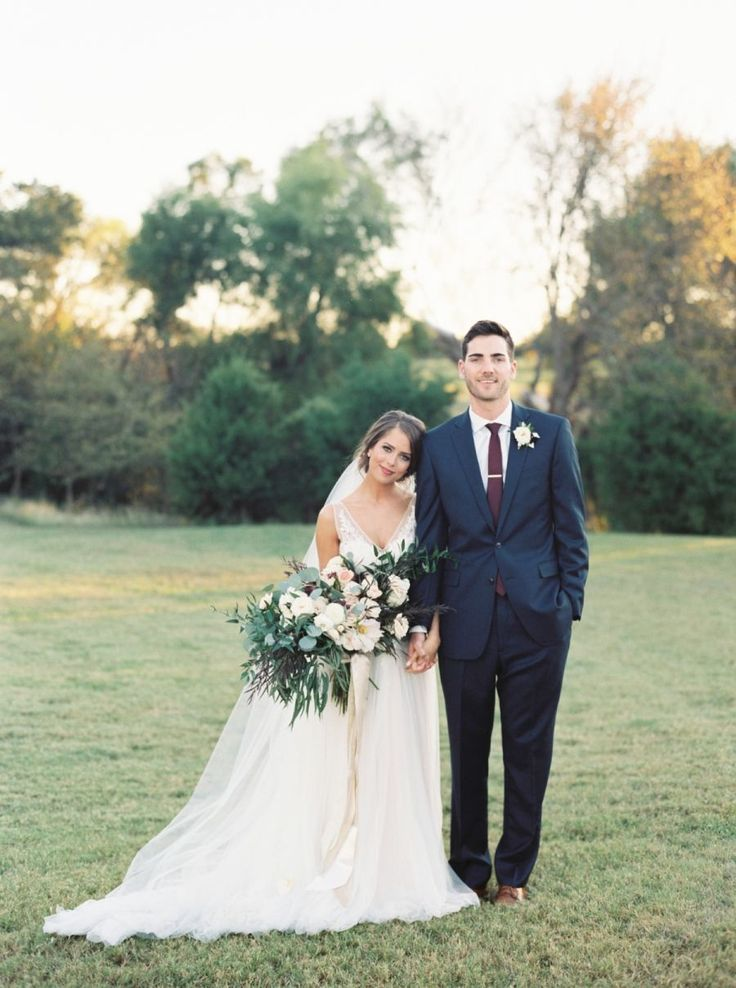 Traditional Burgundy + Navy Fall Wedding ceremony
