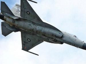 L'Algérie intéressée par l'intercepteur chinois J.F17 !!! • Hellocoton.fr