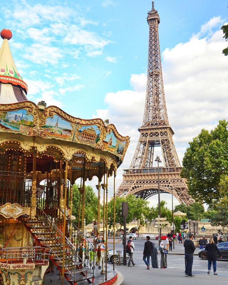 Paryż - zaiskrzyło dopiero po drugiej wizycie  - #paryż #belekaj #godej #rajza #paris #paris #france #francja #francia #eiffeltower #toureiffel #eiffel #carousel #summer #wakacje #podróż #podroze #podróże #zwiedzanie #blogpodrozniczy #blogtroterzy #polishtravelblogs #travel #travelgram #travelphotography #instaparis #tb