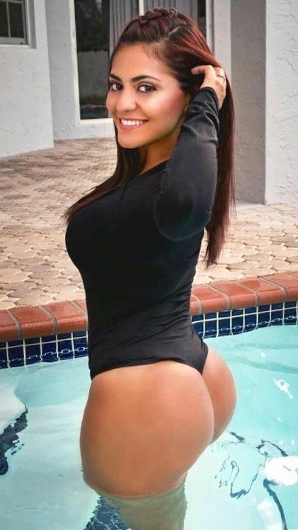 Мексиканские девушки с большими попами фото