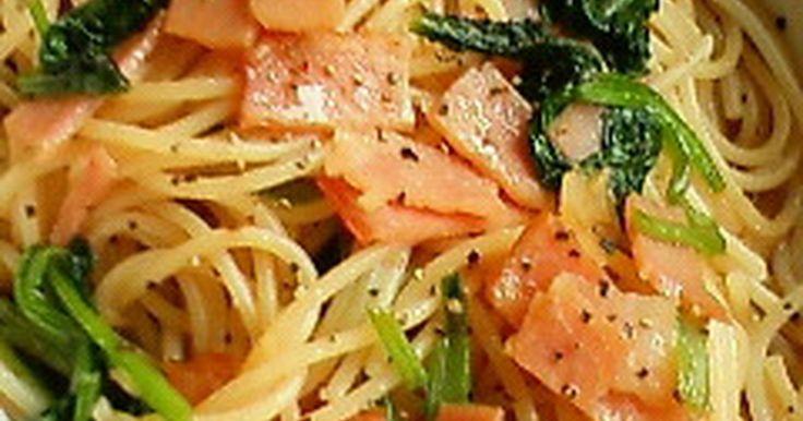 ランチに♪小松菜とベーコンの和風パスタ by 桃のやさしい薫り [クックパッド] 簡単おいしいみんなのレシピが240万品