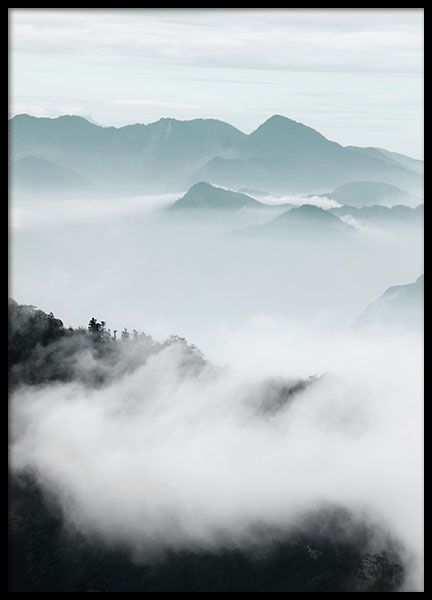 Cloud Mountains is photographed by the enchanting beautiful Smoky Mountains National Park in the United States. www.desenio.com