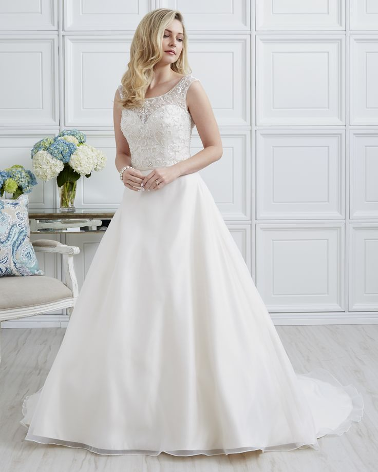7000 | Romantic Bridals | Bridal Gowns and Prom Dresses |Toronto