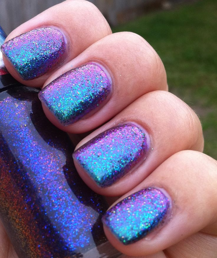 Best 25+ Iridescent nail polish ideas on Pinterest   Holographic ...