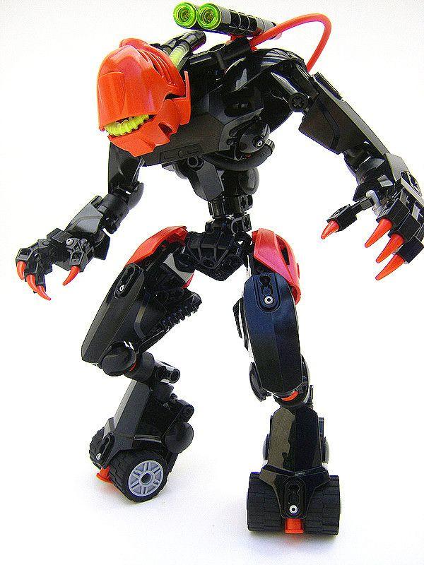 LEGO BIONICLE MOC: Hunter by Lord Oblivion  #lego #moc #bionicle #bioniclemoc #legomoc #lordoblivion #robot #robots