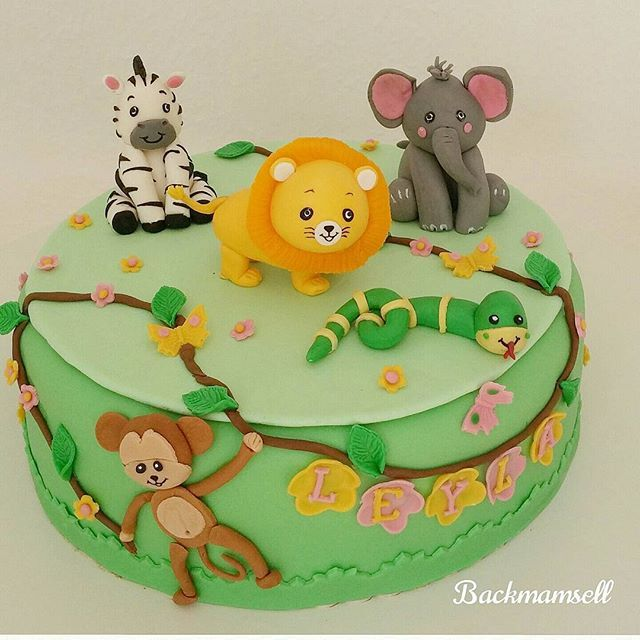 #torte#fondantcake #fondant#cake #tiere#animals#löwe #lion#elefant#zebra#affe#monkey #cakeart #tortenkunst #backmamsell