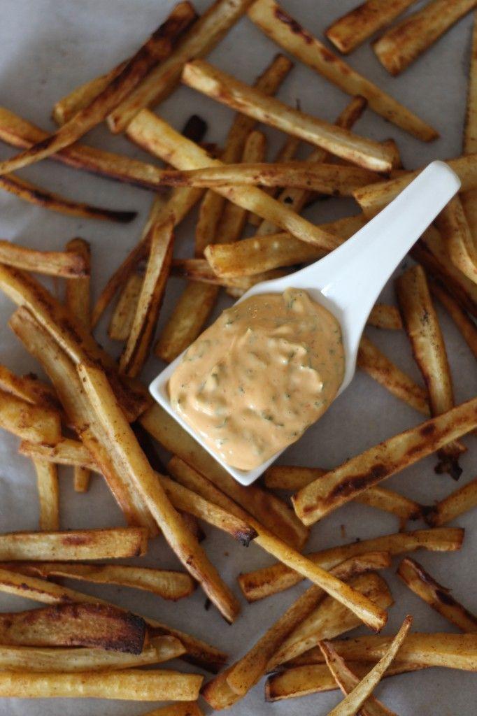 #paleo #paleOMG Crispy Paprika Parsnip Fries with Sriracha Dipping Sauce