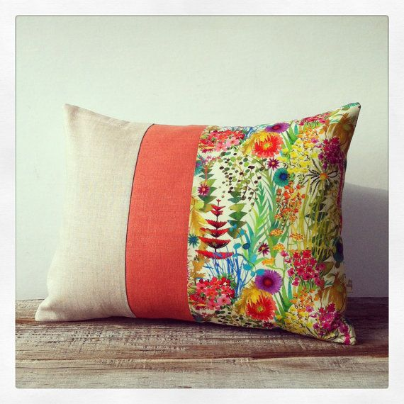 Artículos similares a Bright Floral Decorative Pillow - Liberty Print - Watercolor Flowers - Spring Celebrations - Home Decor by JillianReneDecor - Flower Pillow en Etsy