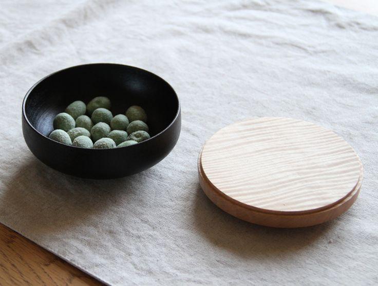 Small Chestnut Lidded Box by Fujii Works