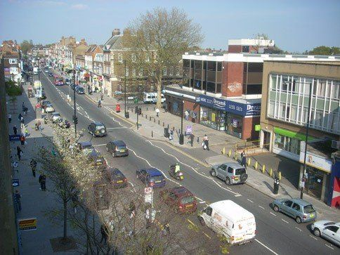 FINCHLEY CENTRAL LOCKSMITH N3 with free quote and fast response time. We offer services for domestic and commercial properties. Get the best price.